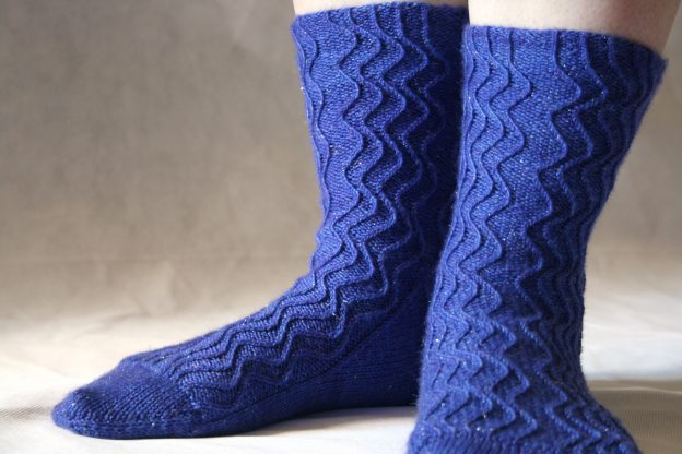 Time Stream Socks